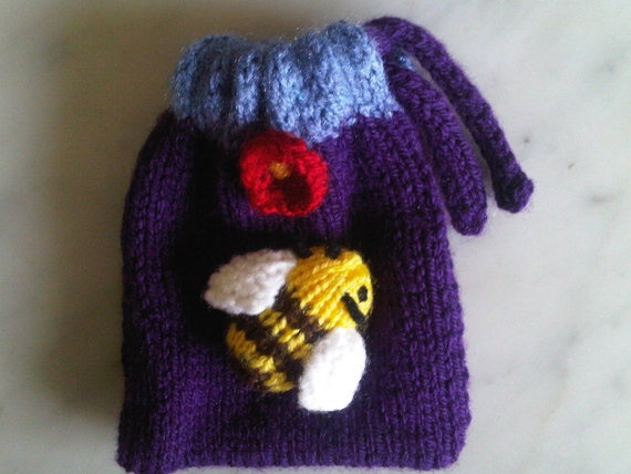 Bumble bee drawstring pouch by BagsofCuriosity on Etsy, £3.99