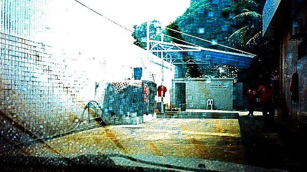 Olympus XA 1: Scenes At The Car Wash 01