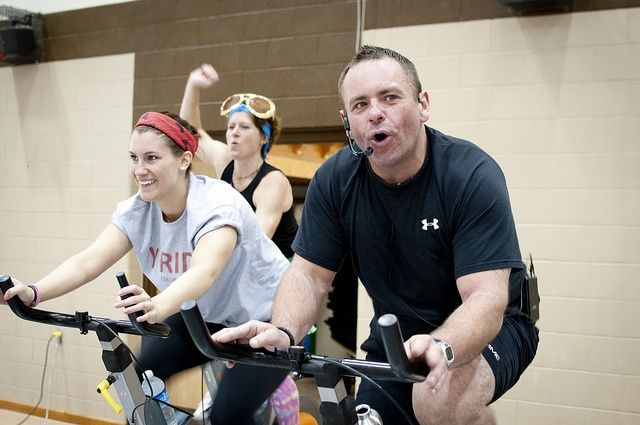 YMCA volunteer leading the spin class at the Y ride
