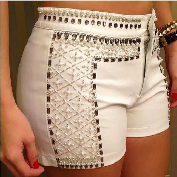 RAE - Rutiléia Acessórios Exclusivos: Shorts Bordados