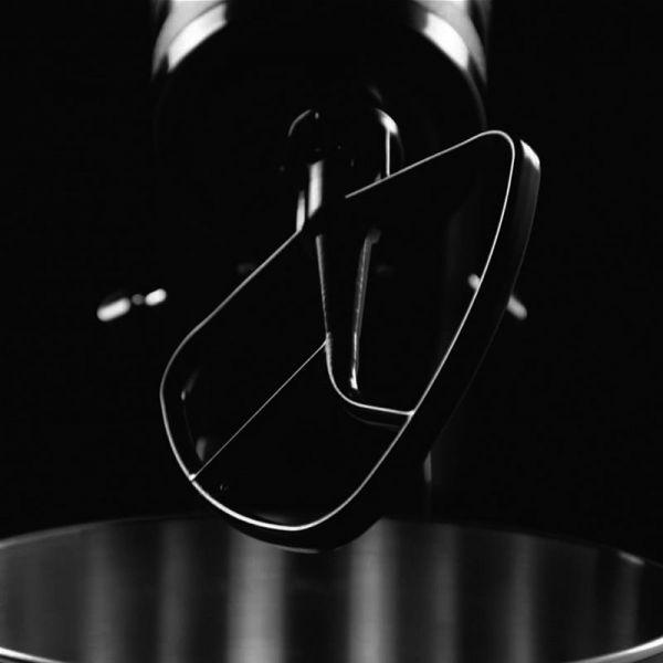 Finalmente disponibile, in edizione limitata e numerata.  Robot Impastatrice Artisan Black Tie Limited Edition by KitchenAid  https://www.domustore.it/p81139-robot-impastatrice-artisan-black-tie-edizione-limitata-kitchenaid/  #kitchenaid #kitchenaidmixer #kitchenaidartisan #kitchenaidcookprocessor #kitchenaidstories #kitchenaidclassic #kitchenaiditalia #food #artisan #limited #limitededition #limitedstock
