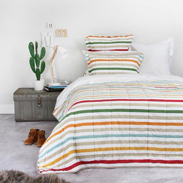 Wallace Cotton Beauden Quilt  http://www.wallacecotton.com/ProductDetail?CategoryId=307&ProductId=2209&Colour=Multi
