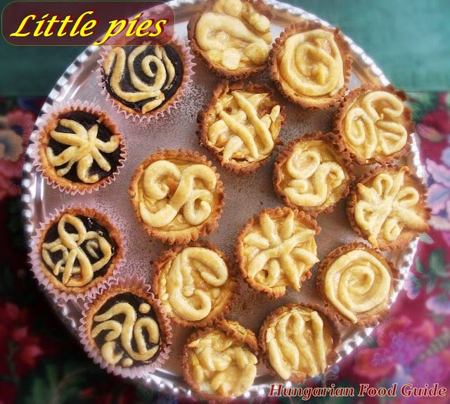 Hungarian Food Guide: Little pies