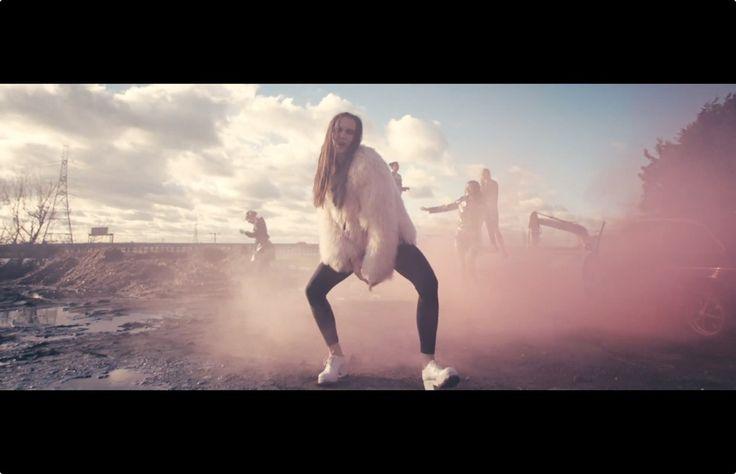 MØ - Don't wanna dance video clip