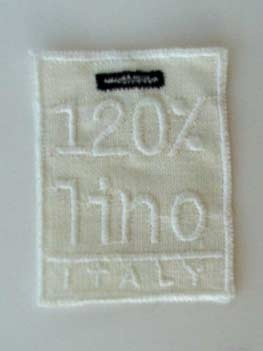 120% lino clothing label