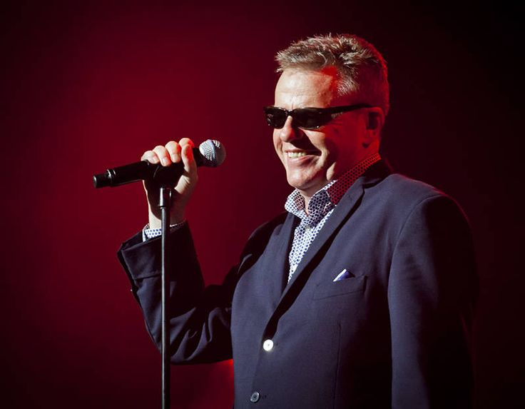 Day 4 at Bluesfest, A dream come true. #madness http://jason.bennee.com/blog/2017/04/complete-madness/