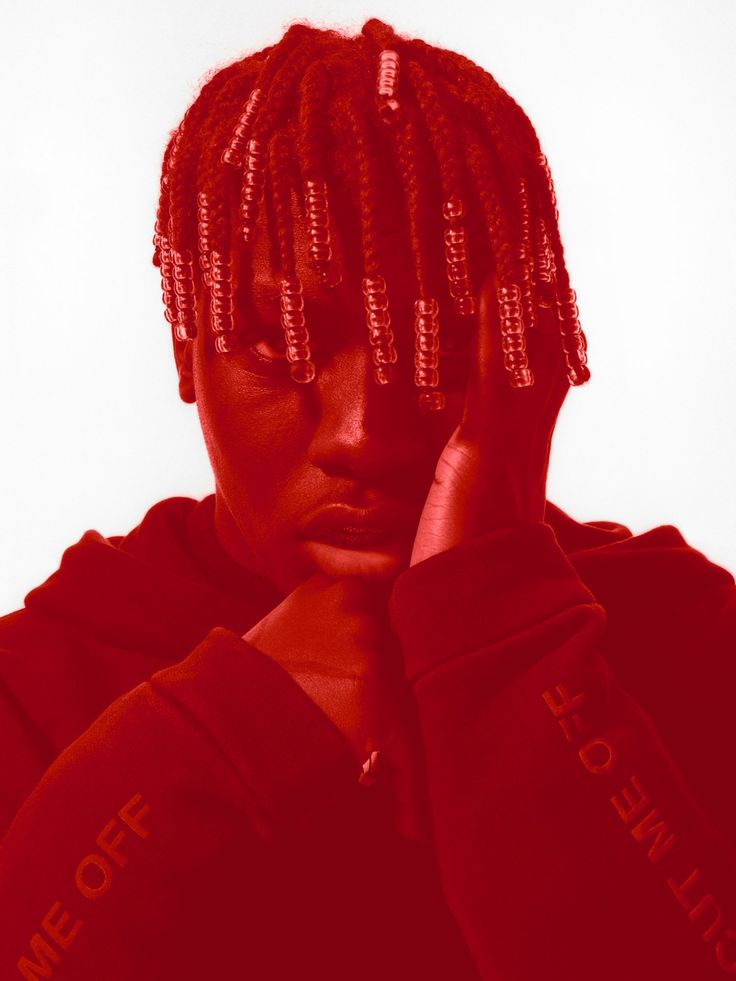 Starting in January 2016, 032c founder Joerg Koch took on the role of editor-in-chief at the global e-commerce platform SSENSE. In a special dossier for 032c Issue 31, we compiled some of our favorite interviews from back then, which feature creatives Lil Yachty, Natasha Stagg, Andrew Richardson, Schoolboy Q, Fatima Al Qadiri, Simon Denny, and Gaia Repossi.