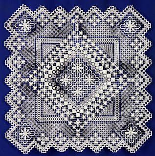 Filet lace