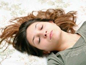 Comment #dormir rapidement et bien en 7 astuces http://icinger.fr/comment-dormir-rapidement-et-bien/