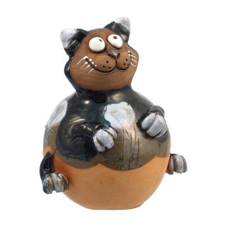 Handmodelierte und handbemalte Gartenkugel Katze mit Vogel. Höhe:ca. 16 cm Breite:ca. 13 cm Tiefe:ca. 14 cm Optik:glänzend Farbe:Bunt Material:Ton / Keramik nicht frostsicher Gewicht:ca. 1,8 kg (inkl. Verpackung)