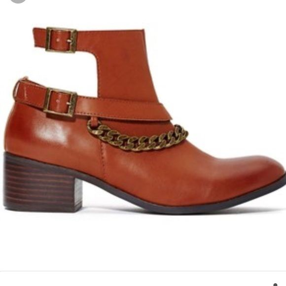 Nasty gal boots Cute brown booties with chain Nasty Gal Shoes Ankle Boots & Booties