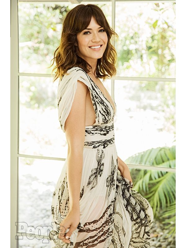 mandy moore | Mandy Moore on Playing a Mom: 'It Made My Ovaries Start Kicking ...