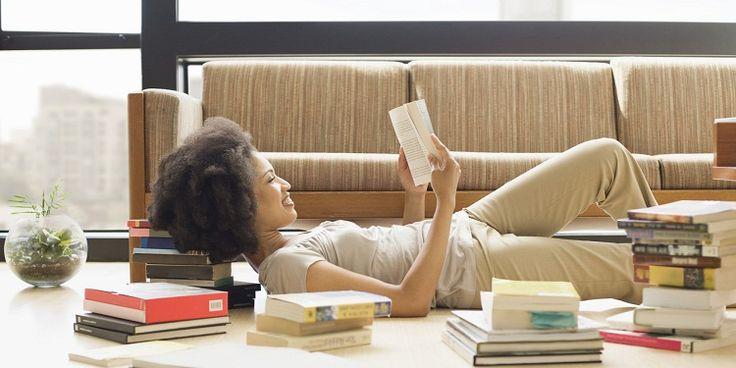 Expertosrecomiendan convertir en un hábitoel arte de leer, ¿pero cómo hacerlo más divertido? Uno de los casos más sorprendentes es el de una bibliotecaria de escuela que murió el año pasado, Harr…