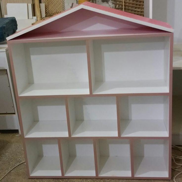 Kitaplık Oyuncak Evi Dolap