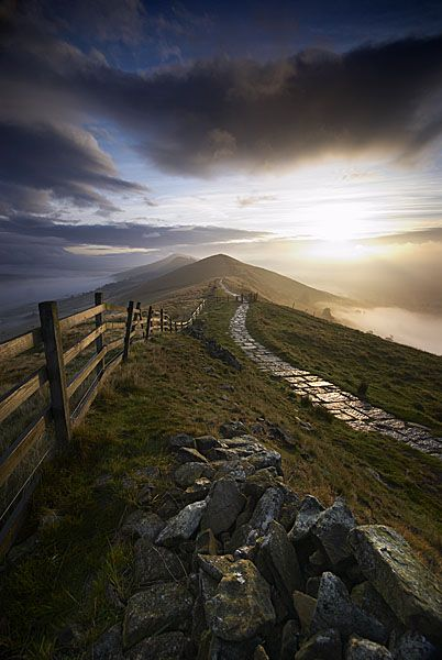 Three Peaks, by Ed Rhodes. Sunrise at Mam Tor looking back towards Back Tor; Mam Tor, Derbyshire, England.
