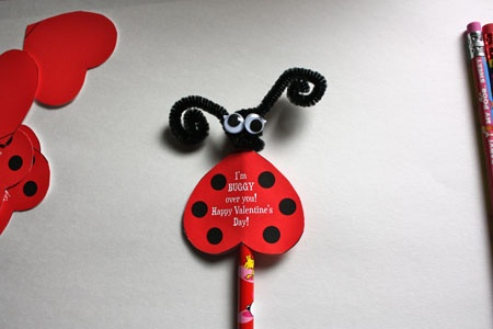 Free Ladybug Valentines Printable! super easy and sweet. www.thecrazysimplelife.com