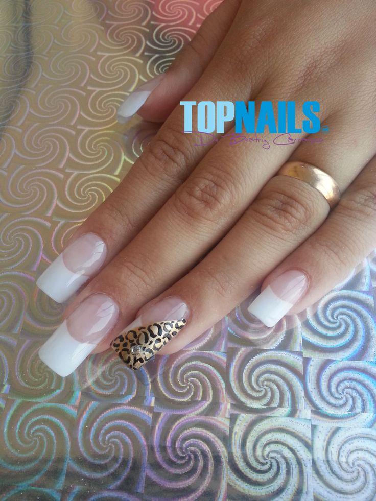 Uñas Acrílicas Francesas con decorado Animal Print. Agregarme a tus amigas de Facebook para más información. https://www.facebook.com/topnails.acrilicas www.topnails.cl Cel:94243426, saludos Beatriz  #uñas #ArtNails #Manicure #Fashion #Nails #Opi #Esmaltes #decorado #acrilicas #nailart #Glamour #Belleza #Moda #Ñuñoa #verano #sol #playa