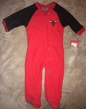 New NBA Chicago Bulls Basketball Apparel Infant Sleeper Bodysuit Size 3-6 Months