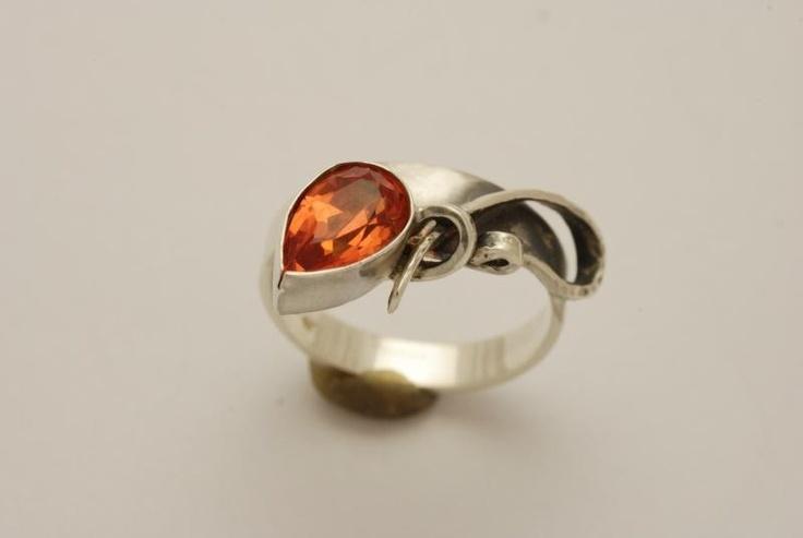Stříbrná souprava s padparadči - Náušnice, prsteny a náhrdelníky