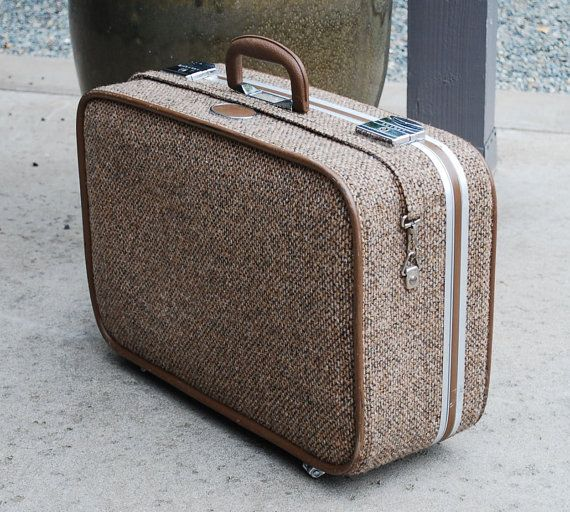 Wonderful Skyway Suitcase Great Autumn Brown Tweed A Vintage Piece In Condition There Is