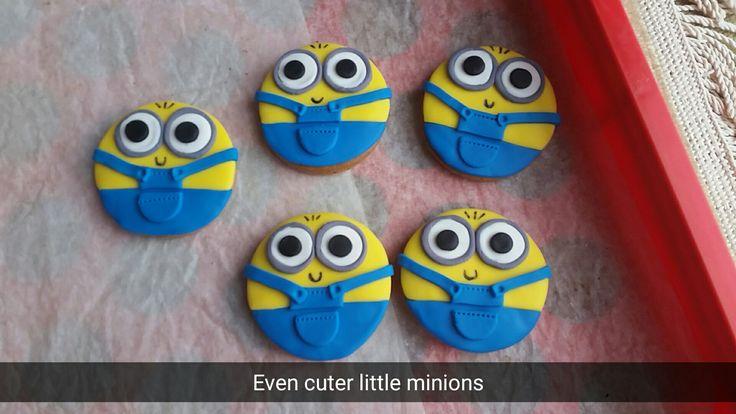 Mini fondant minions
