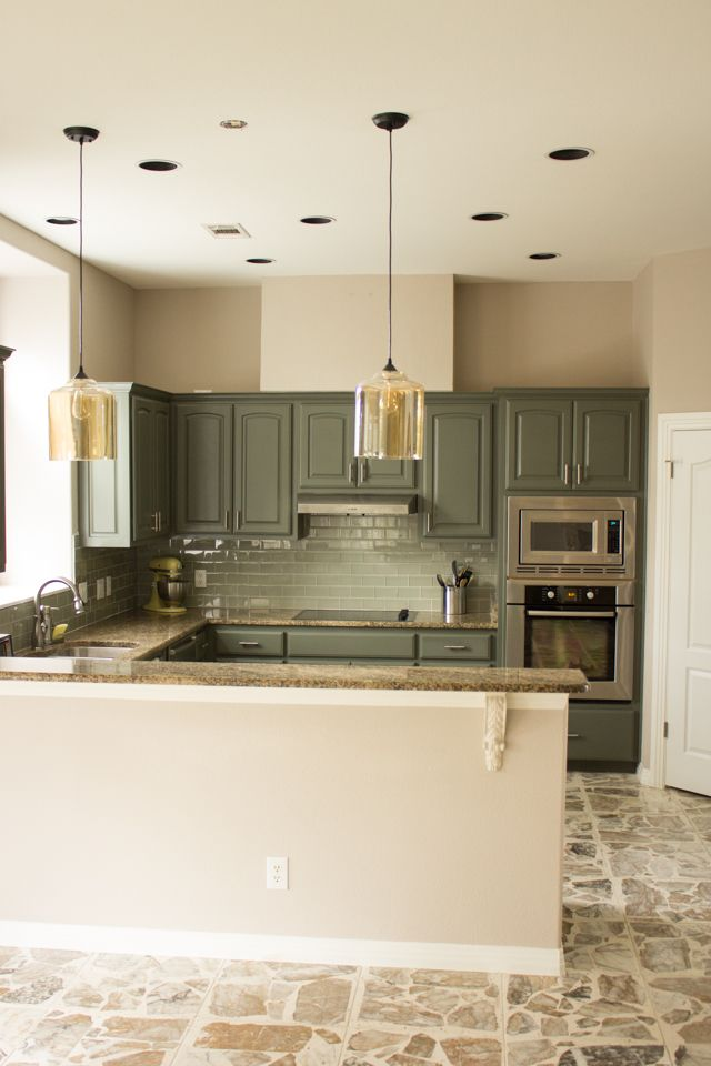 Beautiful Kitchen Redo #gray #amber #glass