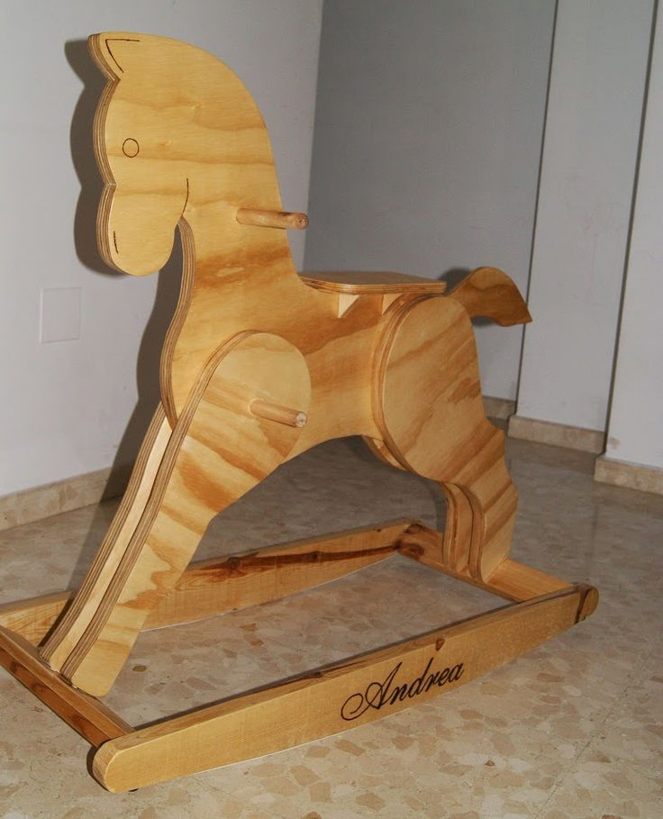 Caballito de Madera  https://www.facebook.com/media/set/?set=a.617159028420200.1073741830.445833632219408&type=3