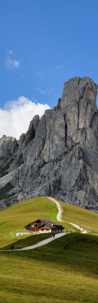2012 Giro D'Italia Stage 17 - Passo di Giau    The 2012 Giro D'Italia will feature one of the most scenic climbs, the Passo di Giau on stage 17 from Falzes to Cortina d'Ampezzo. Simply breath taking and not too leg breaking as its only 10km in length.