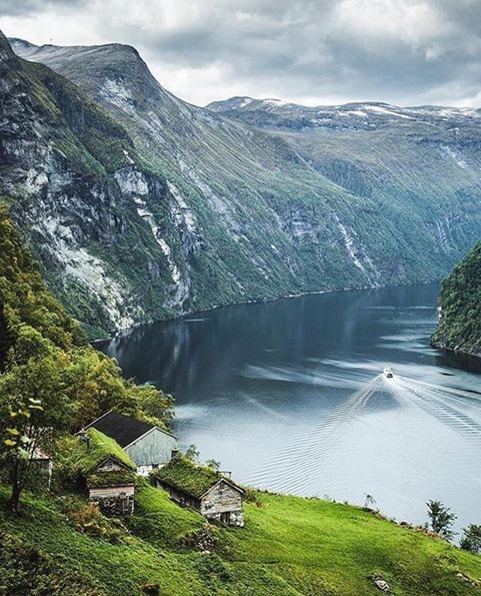 Τοπίο απόλυτης γαλήνης στη Νορβηγία   Φωτογραφία της ημέρας