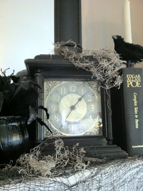 35 amazing vintage halloween dcor ideas vintage halloween dcor ideas with black old clock design - Amazing Halloween Decorations