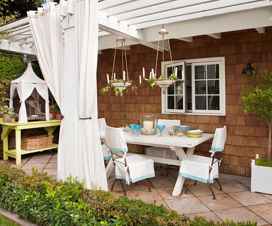 15 cheap backyard ideas fabric shades cheap backyard for Ideas para decoracion de patios