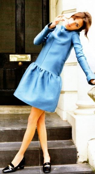 Alexa Chung in blue.