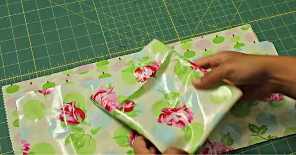 You'll Never Have To Buy A Sandwich Bag Again With This DIY Scrap Project!