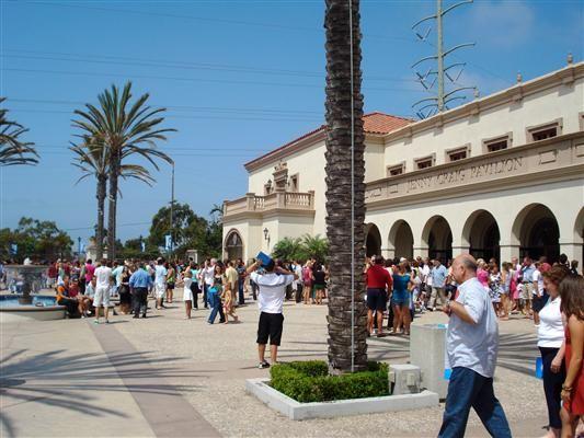 SDSU Dorm Girls | San Diego State University Dorms.   California's cool dorms.