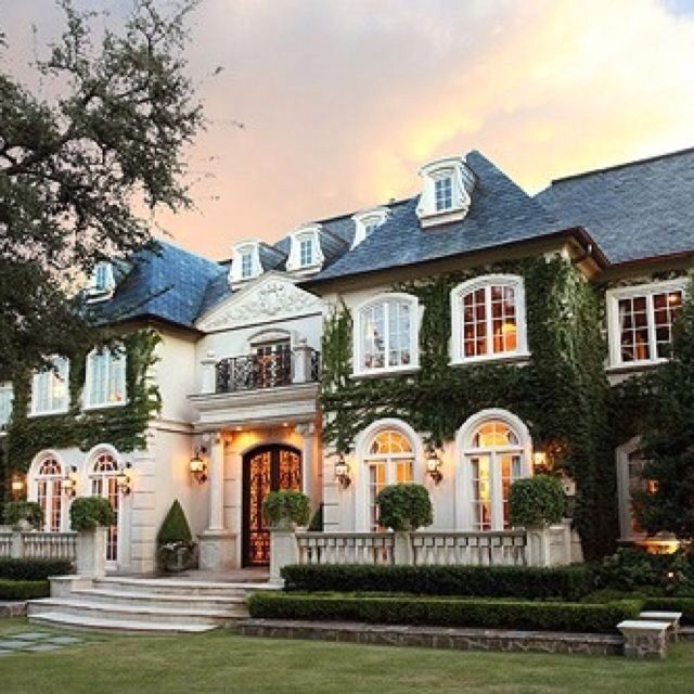 Best 25 French Mansion Ideas On Pinterest Luxury Homes Exterior Elegant Homes And Lottery Usa