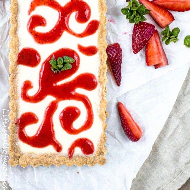 Strawberry Panna Cotta Tarte via @feedfeed on…