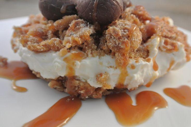 Stroopwafel taart met karamelsaus
