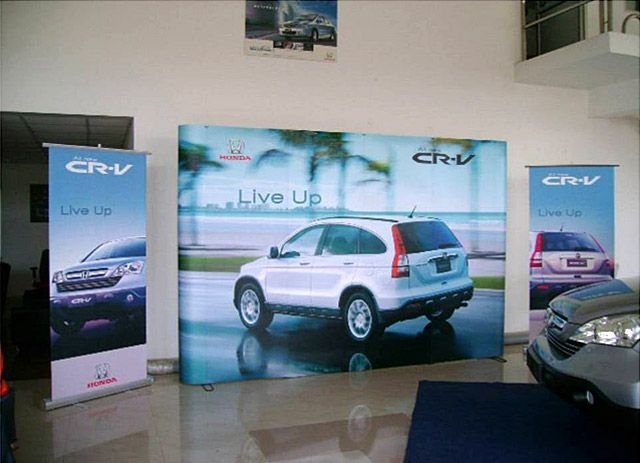 Portable Brand Activation Backdrop Stand for Honda. Insta provides a full range of Custom, Portable & Modular Exhibition Stands. Know more about us at www.insta-group.com Follow us on LinkedIn for regular updates http://www.linkedin.com/company/insta-exhibitions