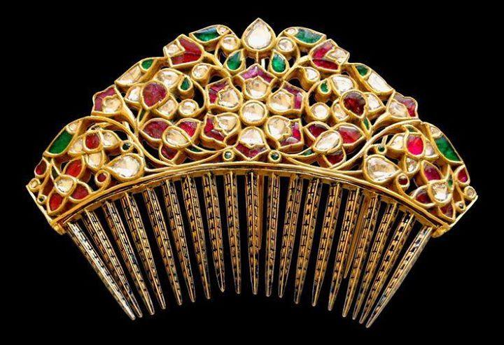 Kundan enameled hair comb by Sunita Shekhawat Jaipur