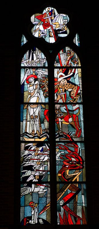 801_4440 Stained glass in St. Catharina kerk, Eindhoven