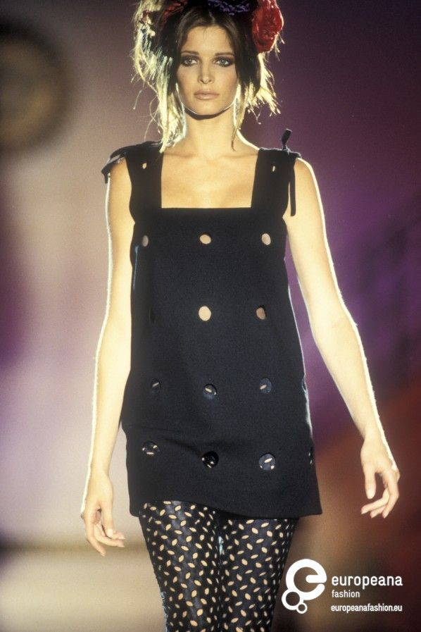 stephanie seymour for gianni versace, mid '90s #VintageVersace