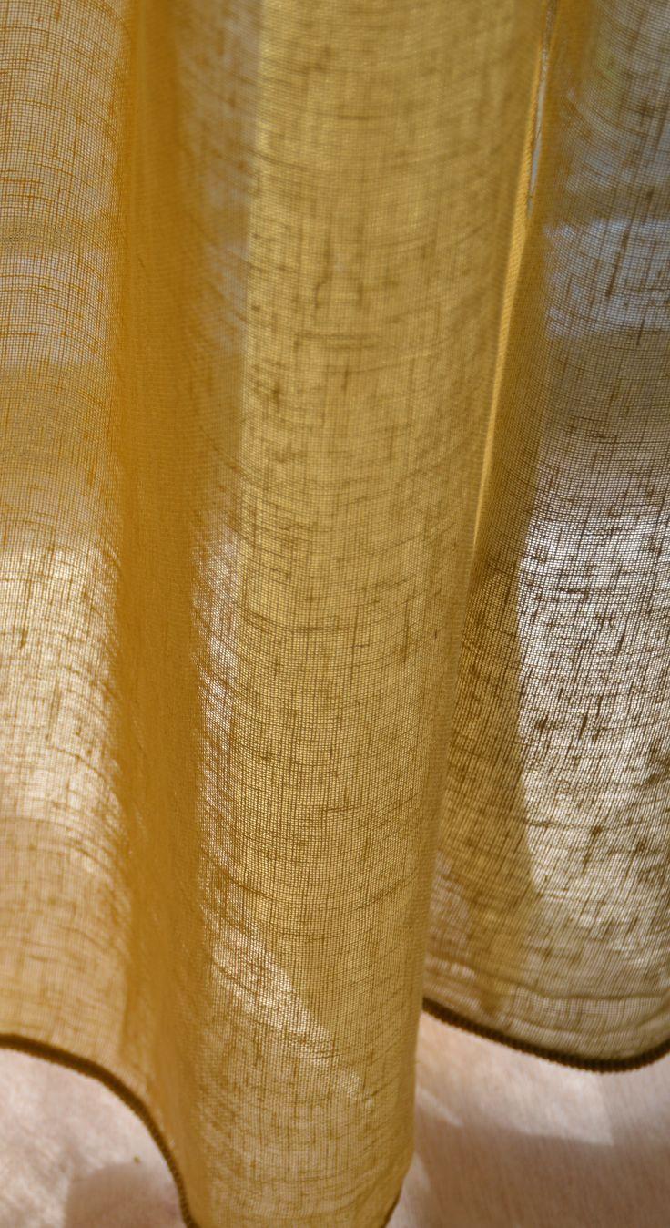 Zin in zomer! Met deze half linnen gele inbetween gordijnen. Twisk curry van echtgordijnen.