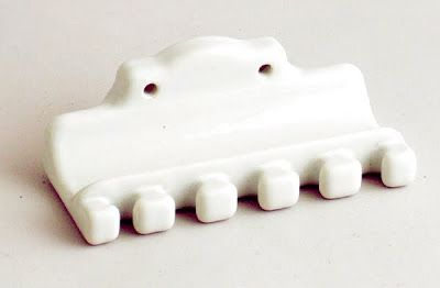 20 Creative and Modern Toothbrush Holders (20) 14