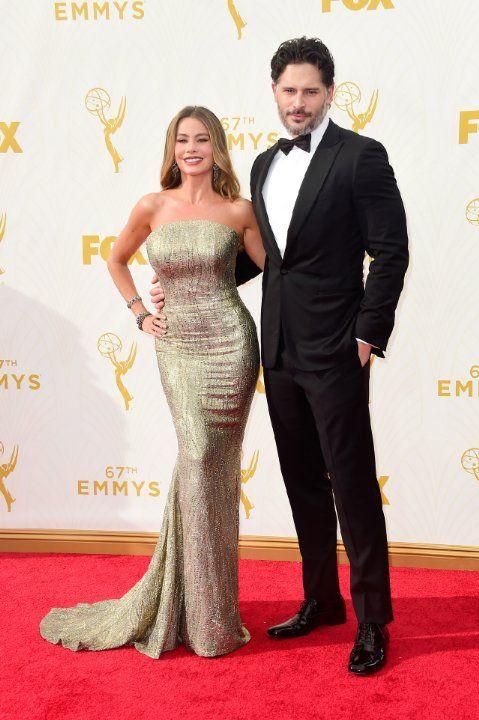Sofía Vergara and Joe Manganiello at event of The 67th Primetime Emmy Awards (2015)