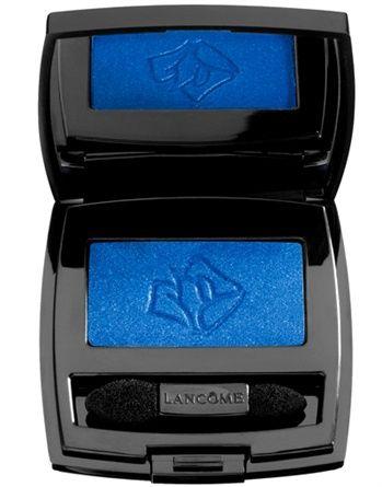 Ombretto Ombre Hypnôse P207 Bleu de France ombretto blu elettrico dalla texture ultra scorrevole. La sua formula è arricchita con Pro-Xylane, un ingrediente dal forte potere anti-age.Lancome