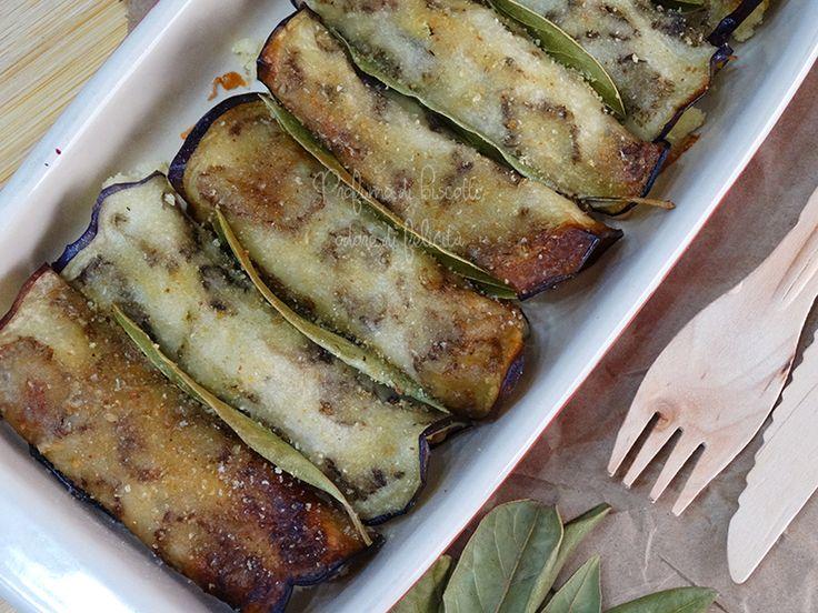Le melanzane a beccafico fanno parte della tradizione siciliana, insieme alle loro parenti lontane, le sarde a beccafico. La ricetta l'ho trovata su un l...