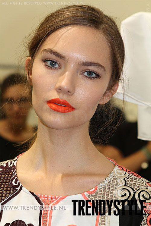 Oranje lippenstift 2014