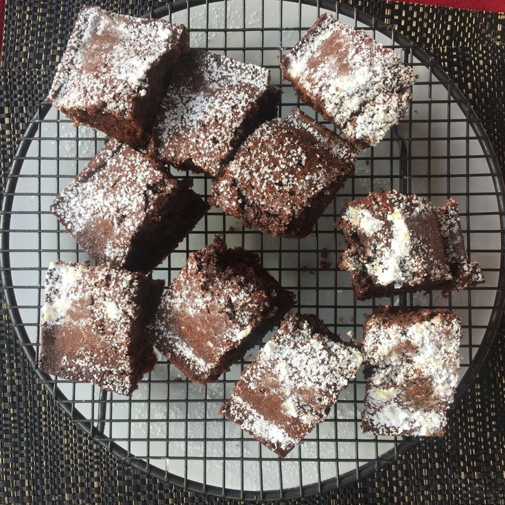 Made some chocolate brownies today to satisfy my sweet tooth!