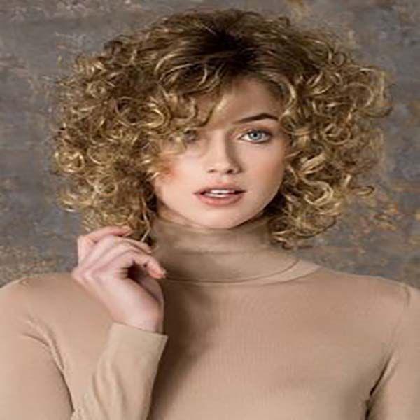 Cortes de pelo corto rizado recogidos, pixie, bob, asimetrico, elegantes, estilo vintage. Fácil cortes de pelo corto y rizado cabello fino. 30 fotos.