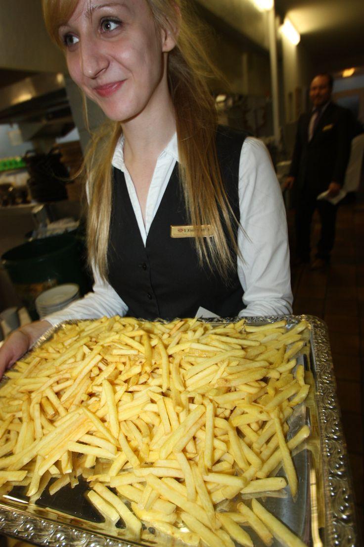 """Pommes gehen immer - ob auf dem Kinderbuffet, als """"Räuberplatte"""" zur Selbstbedienung oder serviert..."""